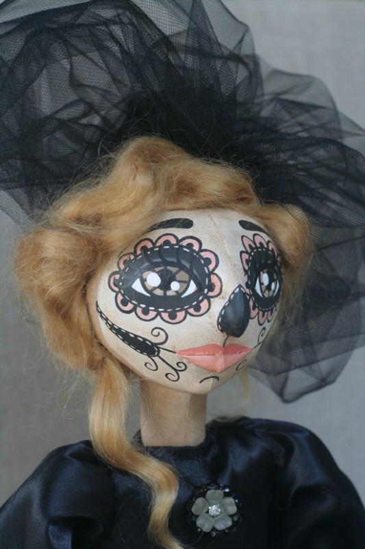 Dia -- A Day of the Dead Doll