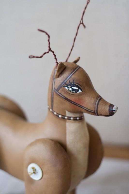 Deer2Close